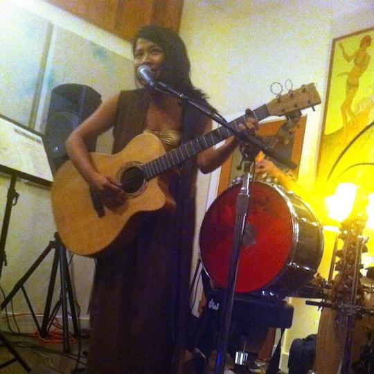 Zee Performing